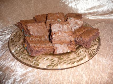 brownies med chokolade og peanuts | Bageopskrifter, kageopskrifter og opskrifter på tærte m.m.