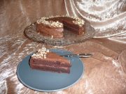 Chokoladekage med chokoladecreme | Lottebager.dk | Bageopskrifter, kageopskrifter og opskrifter på tærte m.m.