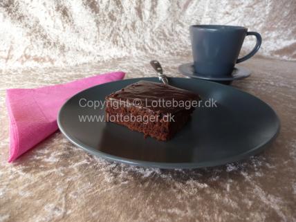 Chokoladekage med et tvist af kanel | Lottebager.dk | Bageopskrifter, kageopskrifter og opskrifter på tærte m.m.
