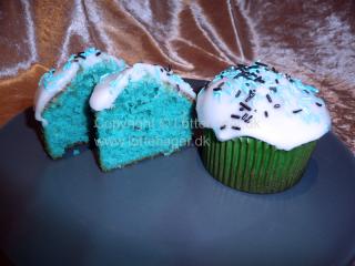 Drenge / smølfe muffins / cupcakes | Lottebager.dk | Bageopskrifter, kageopskrifter og opskrifter på tærte m.m.