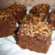 Brownies med nøddetop og Bailey - bageopskrift