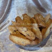Cantucci bicotti di prato - italienske mandelcookies - bageopskrift
