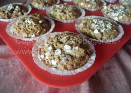 Muffins med chokolade og havre
